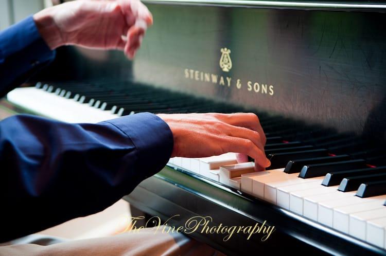 piano sensei hands playing piano 2